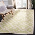 Handmade Light Green/ Ivory Dhurrie Wool Rug (4' x 6')
