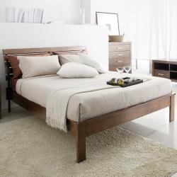 Robbin Brown Queen-size Bed