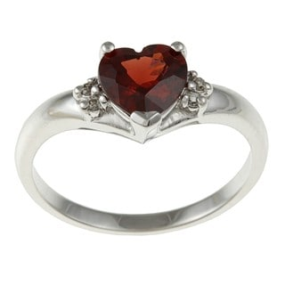 14k White Gold Heart-cut Garnet and Diamond Accent Ring (J-K, I1-I2)