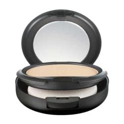 MAC 'NC20' Studio Fix Powder Plus Foundation