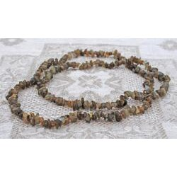 Handcrafted Olive Quartz Necklace (Afghanistan)