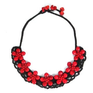 Cotton Rope Stylish Red Coral 7-flower Necklace (Thailand)