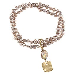 24k Gold Overlay Taupe Pearl Stretch Bracelet (6 mm) (USA)