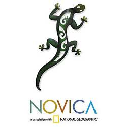 Handcrafted Iron 'Mexican Gecko' Wall Sculpture (Mexico)