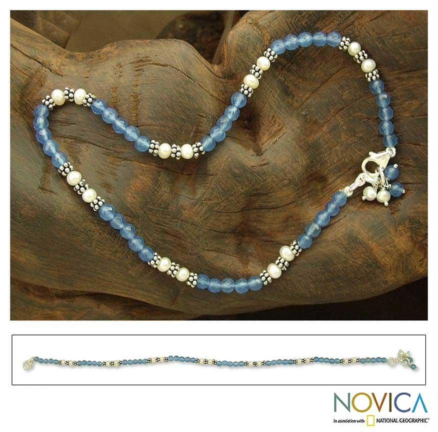 Silver 'View of the Sky' Pearl and Chalcedony Anklet (3 mm) (India)