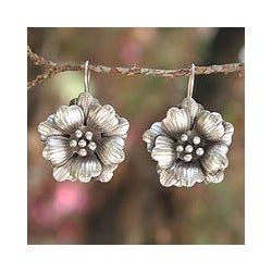 Silver 'Chiang Mai Rose' Flower Earrings (Thailand)