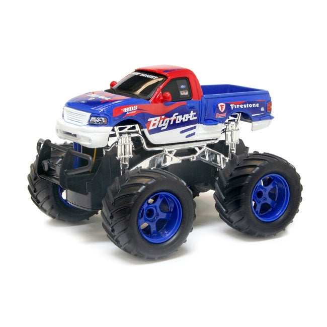 New Bright 1:24 Electronic Big Foot Classic Monster RC Truck