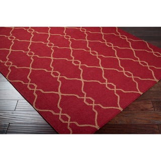 Hand-woven Hollis Red Wool Rug (5' x 8')