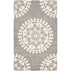 Handmade Soho Chrono Grey/ Ivory New Zealand Wool Rug (7'6 x 9'6)