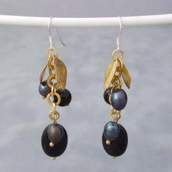 Gold Leaf Black Onyx and Pearls Dangle Earrings (5-6 mm) (Thailand)