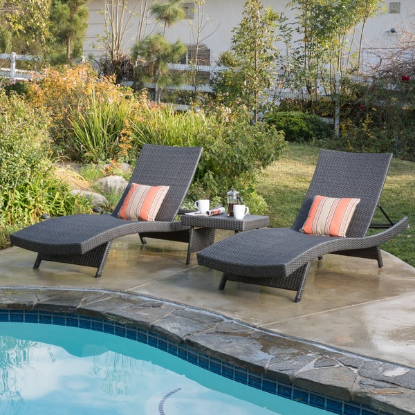 Christopher Knight Home Outdoor Wicker 3-piece Adjustable Chaise Lounge Set