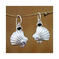 Sterling Silver 'Ocean Song' Moonstone and Onyx Earrings (Indonesia)