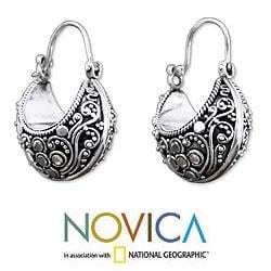 Handcrafted Sterling Silver 'Lavish Bali' Hoop Earrings (Indonesia)