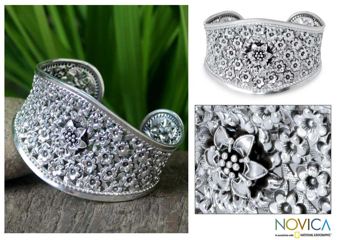 Sterling Silver 'Jasmine in Bloom' Floral Bracelet (Thailand)