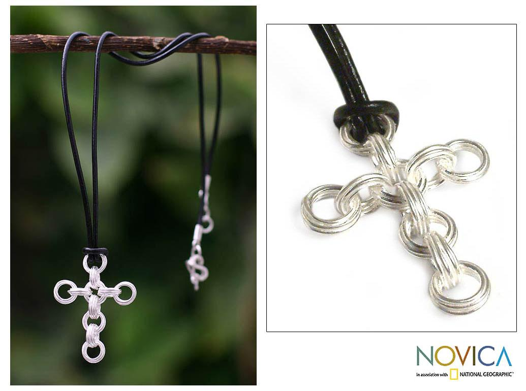 Sterling Silver 'Timeless Faith' Leather Cross Necklace (Peru)
