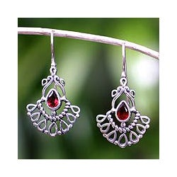 Handcrafted Sterling Silver 'Frozen Flame' Garnet Earrings (Indonesia)