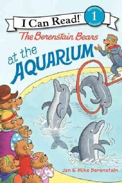 The Berenstain Bears at the Aquarium (Paperback)