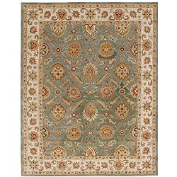 Hand-tufted Calinesto Green Wool Rug (5' x 8')