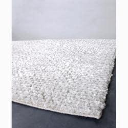 Hand-woven Mandara New Zealand Wool Rug (7'9 x 10'6)