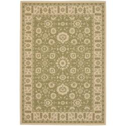 Indoor/ Outdoor Green/ Creme Rug (6'7 x 9'6)