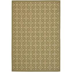 Indoor/Outdoor Green/Cream Area Rug (5'3 x 7'7)