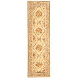 Safavieh Handmade French Garden Ivory/ Light Peach Wool Runner (2'6 x 10')