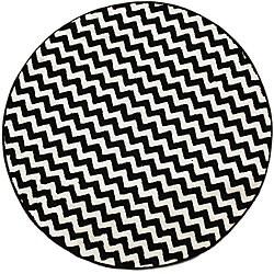 nuLOOM Alexa Chevron Vibe Zebra Black/ White Rug (5' 3 Round)