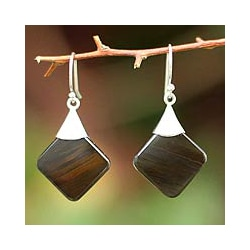 Handcrafted Sterling Silver 'Synthesis' Obsidian Earrings (Peru)