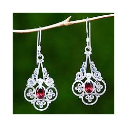 Handcrafted Sterling Silver 'Lush Bali' Garnet Earrings (Indonesia)