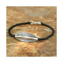 Handcrafted Silver 'Tribal Leaf' Braided Bracelet (Thailand)