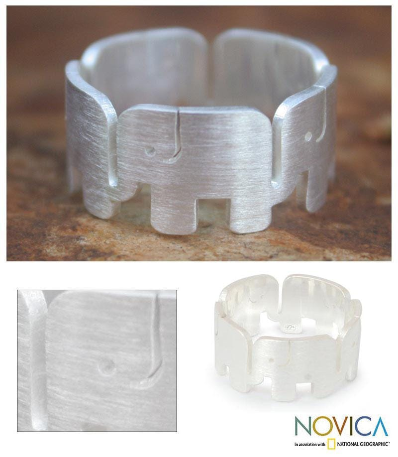 Handcrafted Sterling Silver 'Elephant Pride' Band Ring (Thailand)