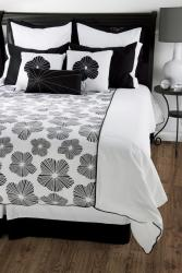 Rizzy Home Ren King-size 10-piece Duvet Cover Set with Insert