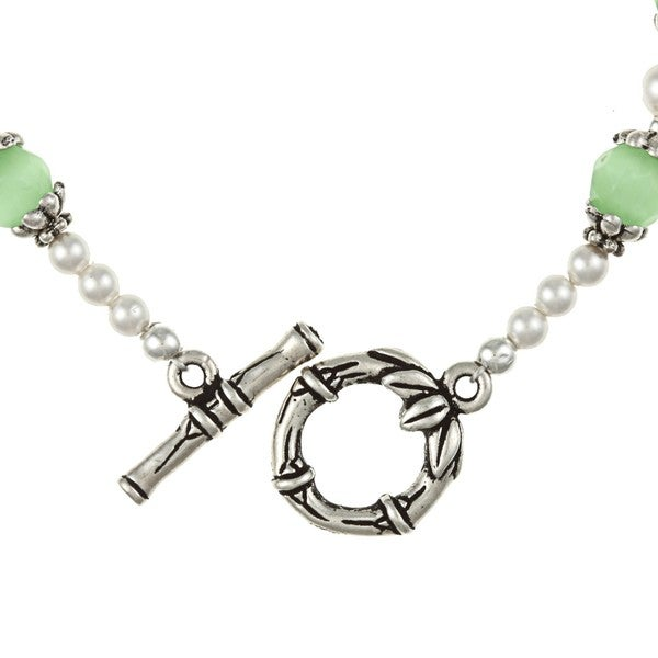 MSDjCASANOVA Silverplated Pewter Green Cat's Eye/ Crystal Bracelet