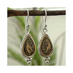 Sterling Silver 'Meadowlark' Mate Gourd Dangle Earrings (Peru)