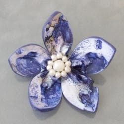 Dyed Blue Mother of Pearl and Pearls Floral Pin (4-9 mm) (Thailand)