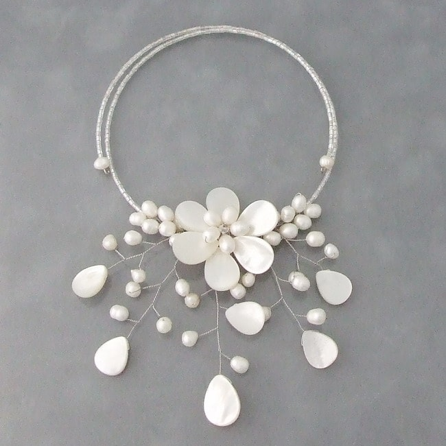 Pearl and MOP Pearl Flower Ray Choker Wrap Necklace (5-7 mm) (Thailand)