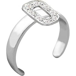 10k Gold 'O' Diamond Accent Toe Ring (G-H, SI2-I1)