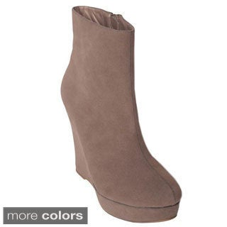Journee Collection Women's 'Whisper-9' Faux Suede Wedge Ankle Boots