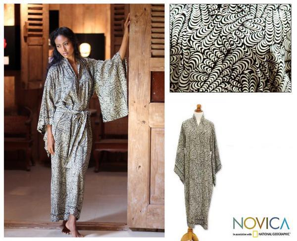 Women's Rayon 'Relax' Batik Robe (Indonesia)