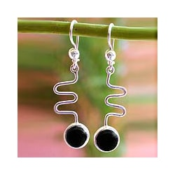Sterling Silver 'New Love' Black Spinel Earrings (Guatemala)
