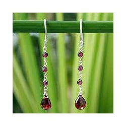 Sterling Silver 'Lady' Garnet Drop Earrings (Thailand)