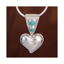 Silver 'Love's Glow' Turquoise Heart Necklace (Mexico)