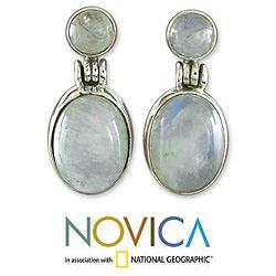 Handmade Sterling Silver Moonlight Delight Moonstone Danglnig Style Earrings (India)