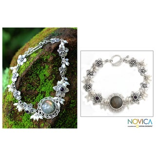 Sterling Silver 'Angelic' Pearl Gemstone Bracelet (Indonesia)