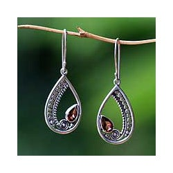 Sterling Silver 'Paisley Swirl' Garnet Earrings (Indonesia)