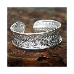 Silver 'Oriental Rattan' Cuff Bracelet (Thailand)