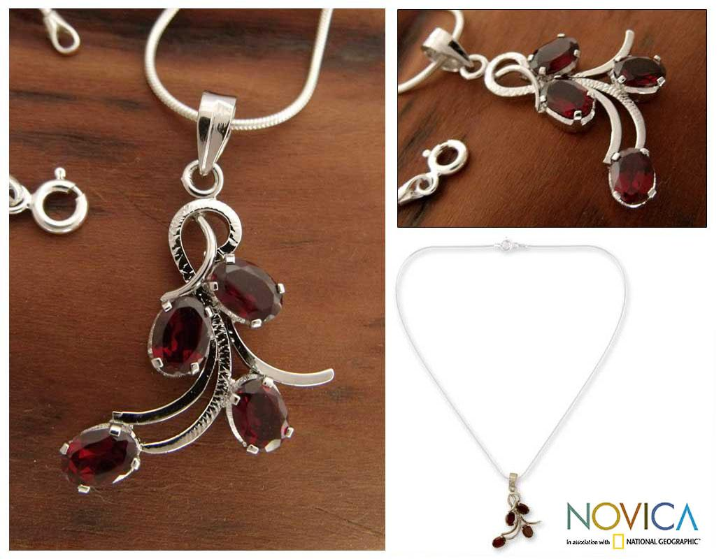 Handcrafted Sterling Silver 'Scarlet Petals' Garnet Necklace (India)