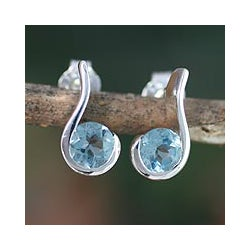 Sterling Silver 'Sky Droplet' Blue Topaz Dangle Earrings (India)