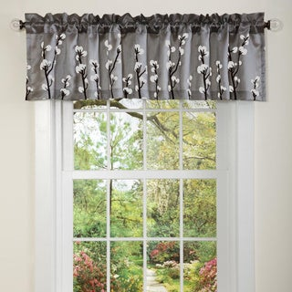 Lush Decor Black/ Silver Cocoa Flower Valance