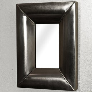 Steel 24x19-inch Antique Nickel Mirror (India)